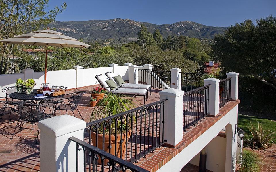 地中海露台背景墙实景图