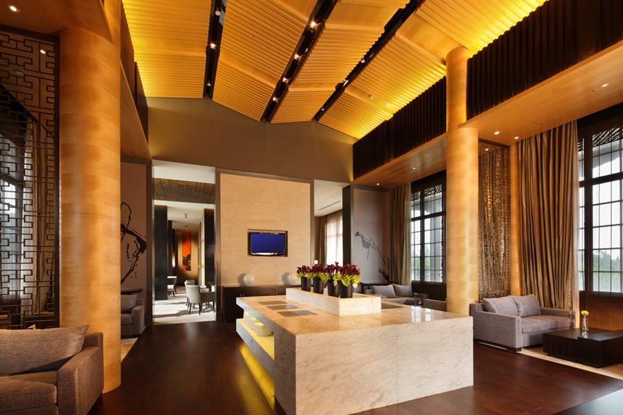 鸿州埃德瑞皇家园林酒店酒店空间隔断