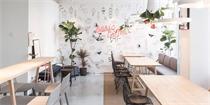 北京建外Soho内的Basic咖啡厅 繁华都市里的阳光房